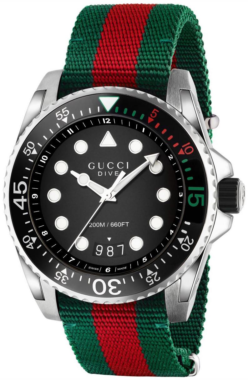 Gucci Dive Herrklocka YA136209 Svart/Stål Ø45 mm - Gucci