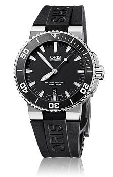 Oris Divers Aquis Date Svart/Gummi Ø43 mm