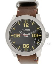 Nixon The Corporal Svart/Läder Ø48 mm
